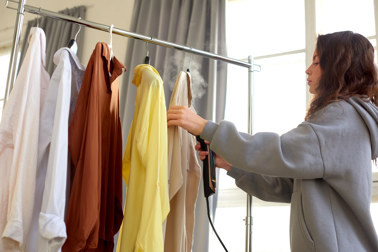 How to Steam Clothes
